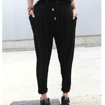 Black Loose Fitting Pleated Harem Pants
