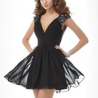 A-Line/Princess V-neck Short Sleeves Beading Short/Mini Chiffon Cocktail Dresses - Jolly Belle