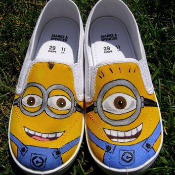 Custom hand painted canvas shoes for children, any size any characters from Disney or cartoons