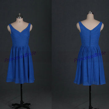 2014 simple v-neck bridesmaid dresses affordable,light royal blue chiffon bridesmaid dress,cheap short gowns for wedding party on sale.