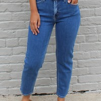 Basic Mom Jean Medium Wash