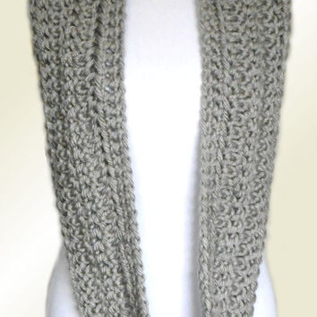 INFINITY SCARF COWL Gray Knit Chunky Crochet Infinity Light Silver Gray Infiniti Eternity Loop Circle Scarf Teen Women Scarves