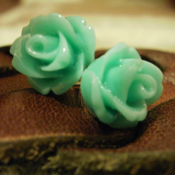 Sea blue/green colored rose cabochon earrings