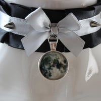 Gothic lolita choker - Werewolf lady - black and silver spiked collar necklace with moon pendant - dark witch jewelry - kittenplay ddlg