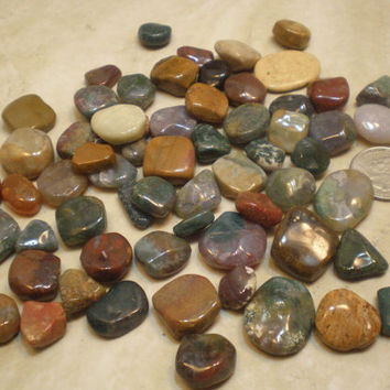 Tumbled Stones, 1 Half Pound of Green Agates, Jaspers and Bloodstone, 50 Plus Count, Good For Wire Wrapping, Jewelry Making, Mosaic Art GRPB