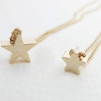 Gold Star Necklace Gold necklace Charm necklace Layer necklace Sister Gift Bridesmaid necklace Gift mom Birthday Gift best friend Birthday