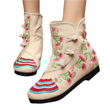 Vintage Beijing Cloth Shoes Embroidered Boots beige