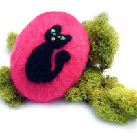 Black Retro Kitty on Hot Pink Wet and Needle Felted Soap, Merino Wool
