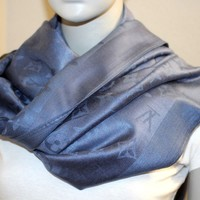 Louis Vuitton LV Wool Silk Monogram NAVY BLUE Scarf Shawl Wrap NWOT Authentic
