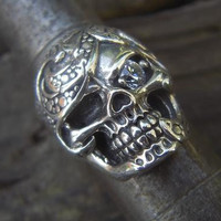 Sugar skull ring in sterling silver by Billyrebs on Etsy