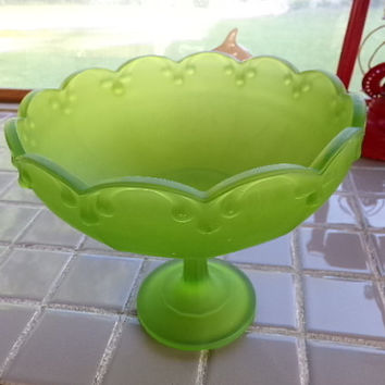 Green Frosted Indiana Glass Fluted pattern footed bowl from the 1950's, Vintage footed bowl, gift for her, wedding gift