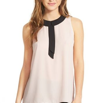 Women's Vince Camuto Collared Sleeveless Blouse,