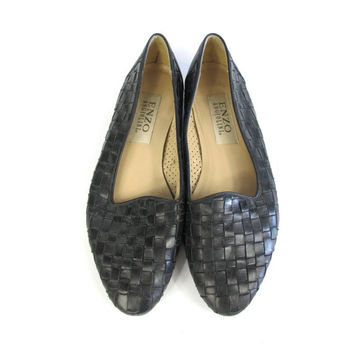 80s 90s Black Leather Loafers Woven Leather Flats Slip On Flats Woven Leather Loafers Minimal Black Leather Flats Almond Toe Shoes Size 7.5