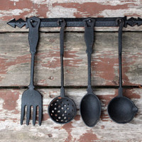 Vintage Black Cast Iron Kitchen Utensil Wall Hanging | 5 Piece Set | Made in Taiwan | Primitive Rustic Kitchen