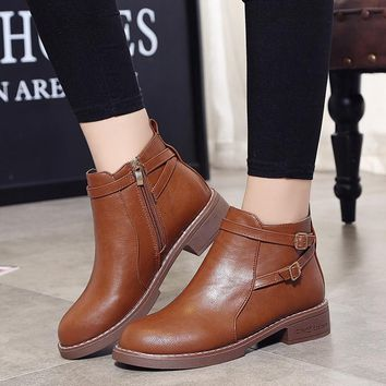 Woman Luxury Shoes Brand Black Brown Woman Designers Boots Slip-on Casual Shoes Women Autumn Winter Rubber Sole Boots Casual