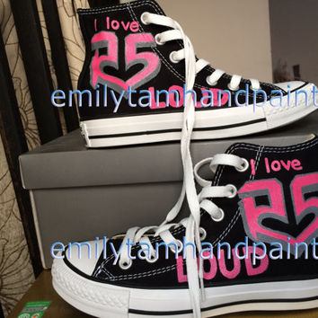 Pink R5 Shoes, Painting Pink R5 Symbol on Shoes not Converse, Customizing Your Own Shoes
