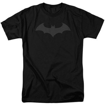 2017 streetwear Batman Hush Logo T Shirt and Exclusive Sticker