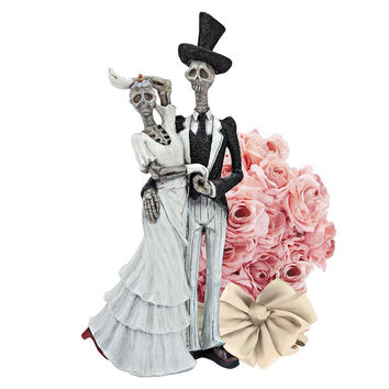 Park Avenue Collection Bride And Doom Skeleton Couple Statue