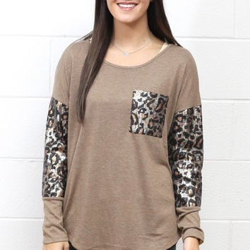 Wild Leopard Print Sequins Accent Pocket Top {Mocha}