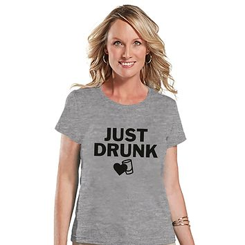 7 ate 9 Apparel Women's Just Drunk Bridesmaid T-shirt