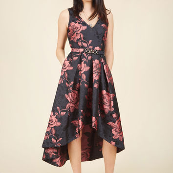 Delightful Drama Floral Dress in Midnight Garden | Mod Retro Vintage Dresses | ModCloth.com