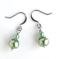 Glass pearl earrings, pearl drop earrings, green pearl earrings, dangle earrings, small earrings, women's jewelry, fall trends