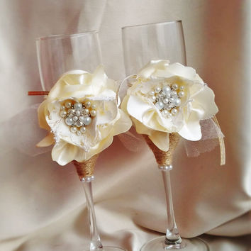 Ivory Rustic Chic Wedding glasses with rope and pearl Rustic wedding rustic wedding Set of 2 rustic wedding decor rustic champagne flutes