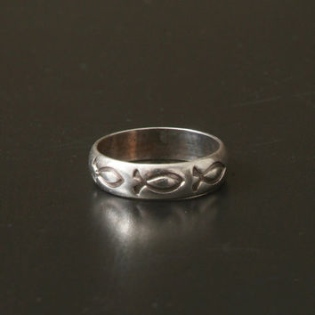 Men's Silver Band Ring with Three Fish, Size 11, Stamped 925 Silver BSD, Bob Siemon Designs, Christian Fish, Man's Ring