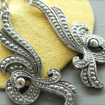 Vintage Marcasite Earrings // Silver Marcasite Earrings // Scrollwork Dangle Earrings