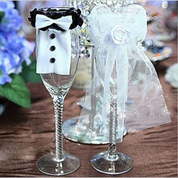 2pcs Cute Bride & Groom Bow Tux Bridal Veil Wedding Party Toasting Wine Glasses Decor = 1930080516