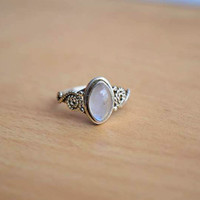 moon stone ring, silver ring,  silver rainbow ring, stone ring, 92.5 sterling silver, Natural moon stone Silver Ring, RNSL20