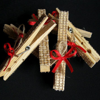 24 pcs Wedding Rustic Burlap Wooden Clothes pins, Clothespins, Clothes pin crafts, Wood clothespins, Wedding Favors, Wedding Gifts