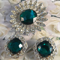 Brooch And Clip On Earring Set, Emerald Green Large Rhinestone, Clear Rhinestones, Vintage Jewelry, 1964 KATHLEEN, Marked Sarah Coventry