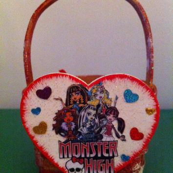 Monster High Basket or gift card holder for Valentine's Day, Easter, birthday or ANY DAY