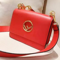 FENDI sells fashion casual single-shoulder shopping bag in plain color with clamshell cover Red