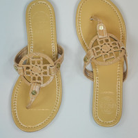 Simple Thong Sandal in Natural