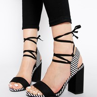 New Look Sweeny Block Heeled Sandals