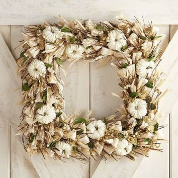 "Cream Raffia & Faux Boxwood 19"" Square Wreath"
