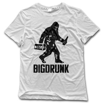 Bigfoot Sasquatch Gorilla BigDrunk T-Shirt - Men's T-Shirt