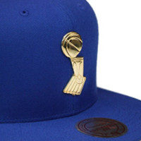 Golden State Warriors Mitchell & Ness 2015 Finals Trophy Snapback in Blue