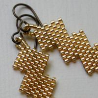 Beaded Zig Zag Fall Gold Earrings on Luulla