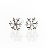 Elegant Small Sterling Silver 7mm Snow Flake Stud Earrings