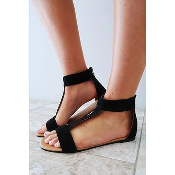 Fun & Fabulous Sandals: Black
