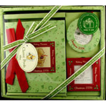 classic pooh christmas gift set Case of 2