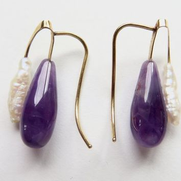 14K Amethyst Baroque Pearl Earrings Vintage Artisan Pierced Earrings, Amethyst Gemstone, Baroque Pearls Drop Earrings