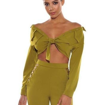 Off The Shoulder Knot Tie Crop Top