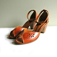 Vintage rusty brown leather sandals with peep toe and ankle strap / summer shoe with heel.