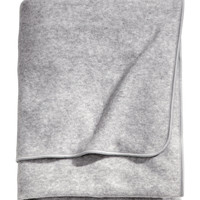 H&M - Fleece Throw
