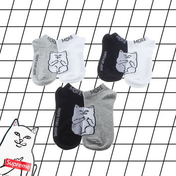 Korean Cotton Cartoons Couple Trick Socks [9259039492]