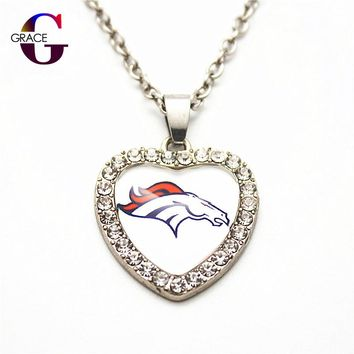 1pcs Fashion Denver Broncos Football Sports Charms Heart Crystal Necklace Pendant With 50cm Chains For Women Men Diy Jewelry